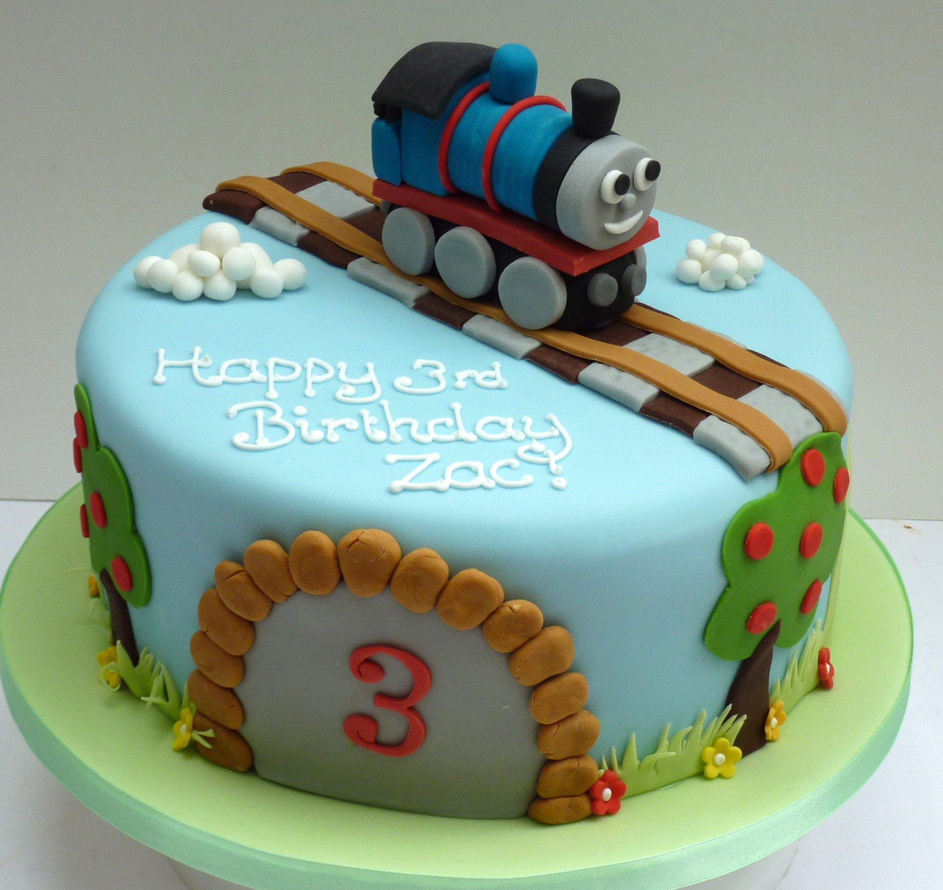 Magnificent Thomas The Tank Engine Cake Etoile Bakery Funny Birthday Cards Online Eattedamsfinfo