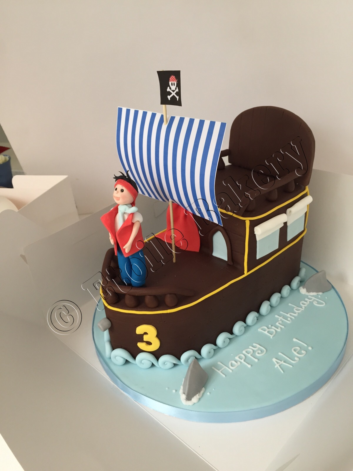 Marvelous Pirate Birthday Cake Etoile Bakery Funny Birthday Cards Online Necthendildamsfinfo