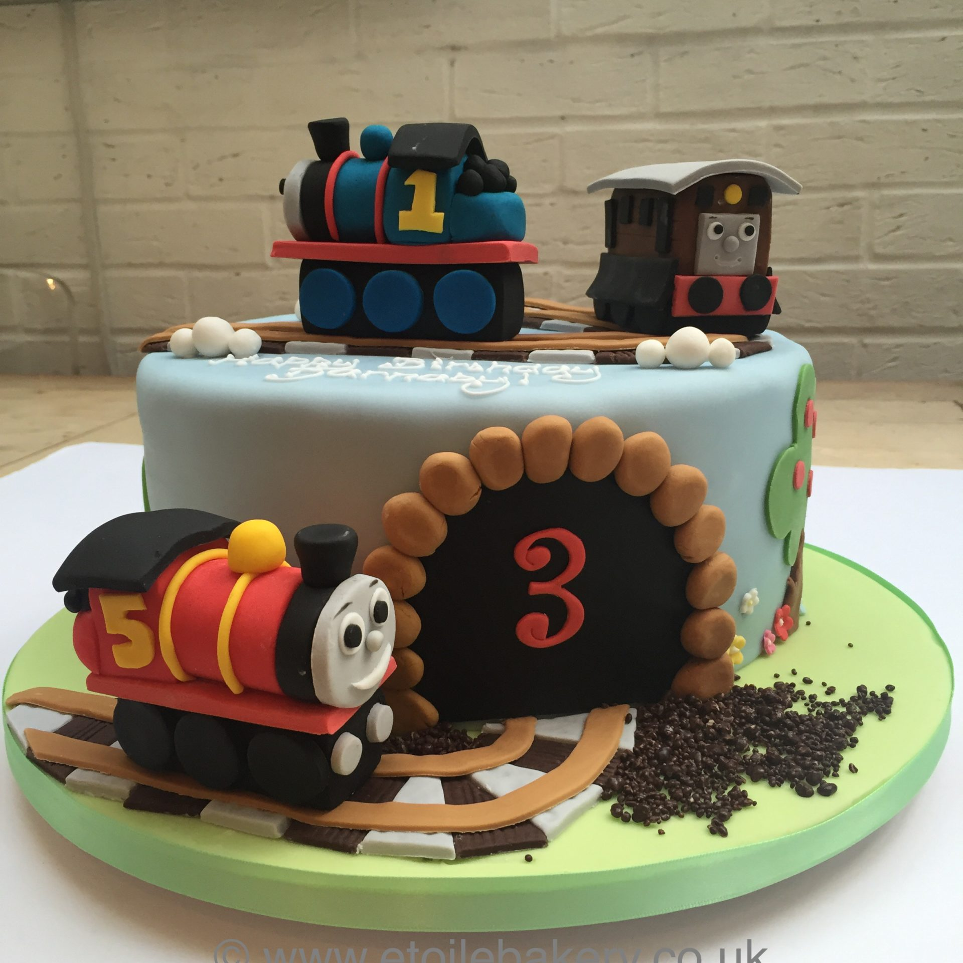 Stupendous Thomas And Friends Cake Etoile Bakery Funny Birthday Cards Online Overcheapnameinfo