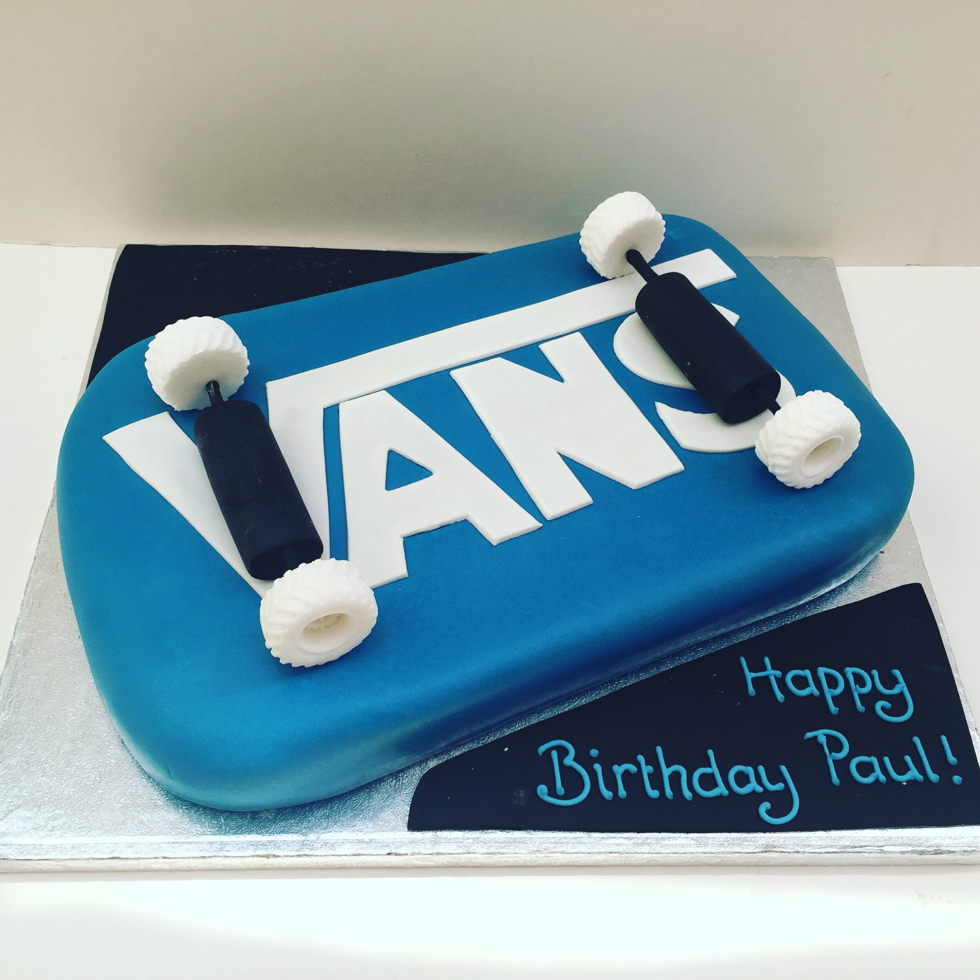 Phenomenal Skateboard Birthday Cake Etoile Bakery Funny Birthday Cards Online Elaedamsfinfo