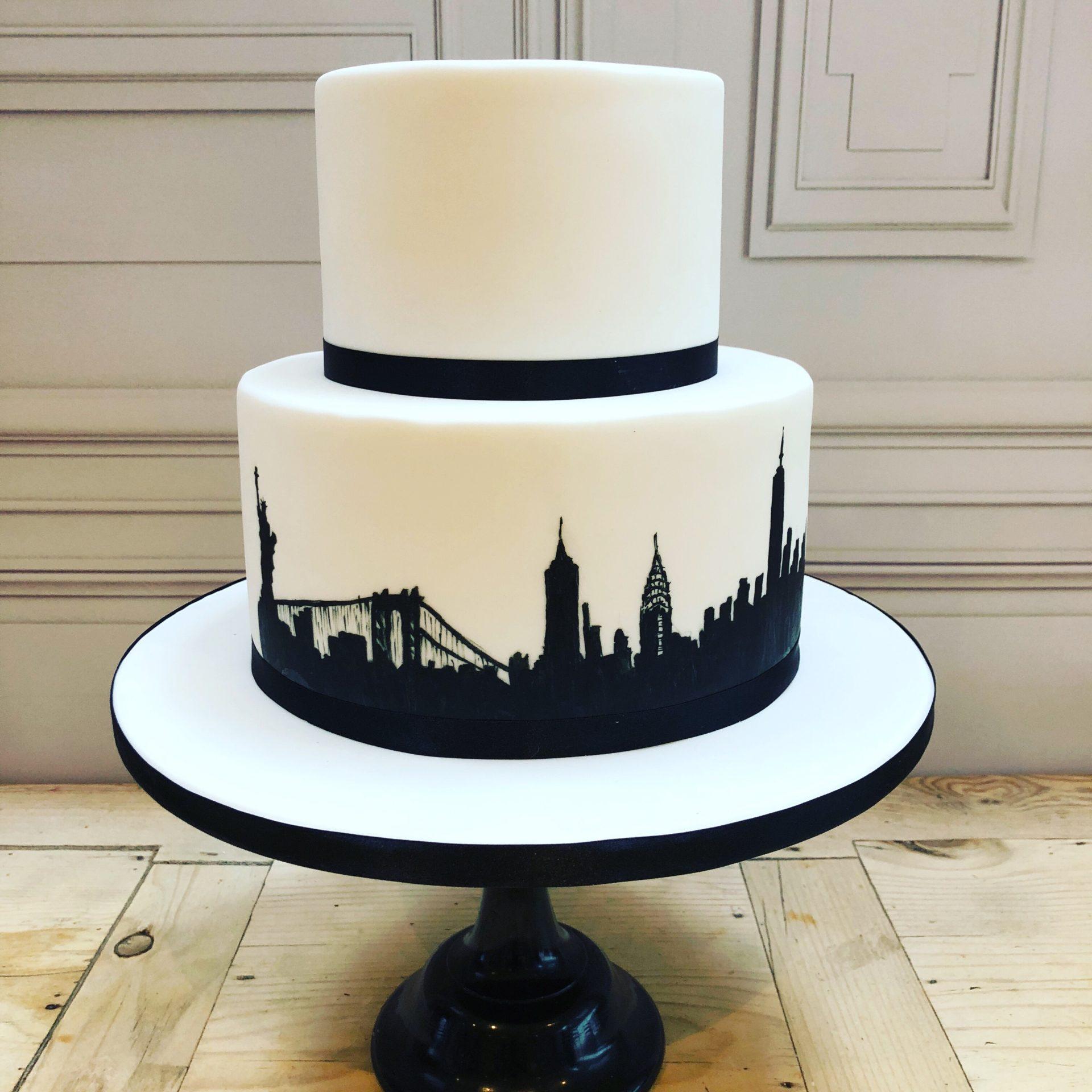 New York Silhouette Wedding Cake