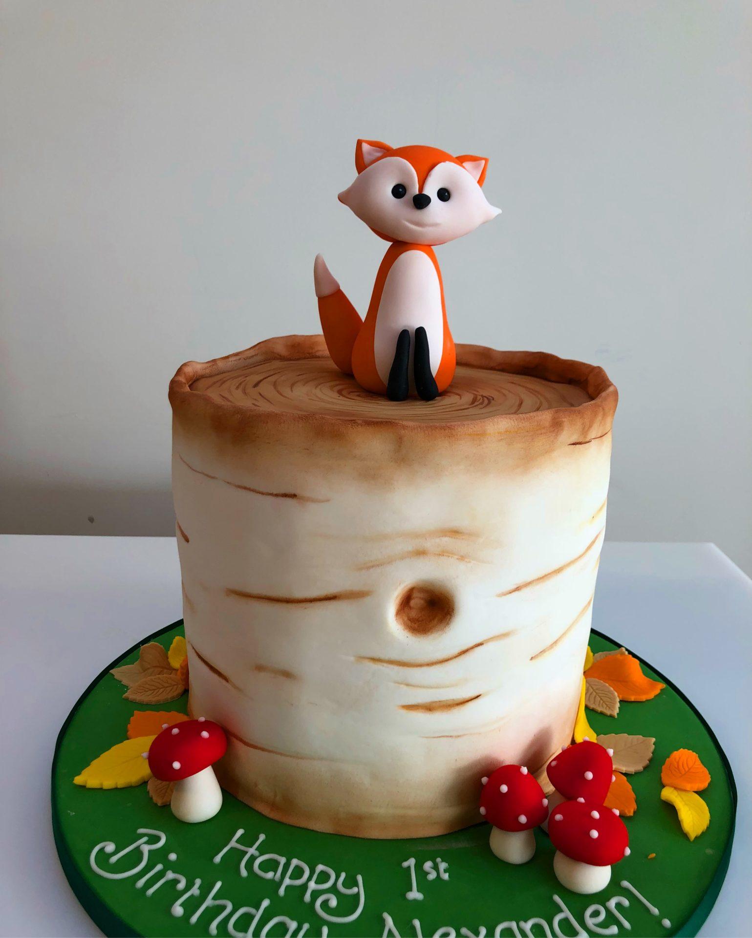 Magnificent Bespoke Cakes Etoile Bakery Birthday Cards Printable Giouspongecafe Filternl