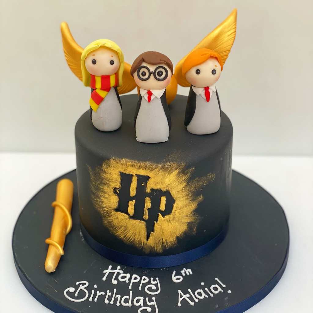 Harry Potter Birthday Cake with Figures