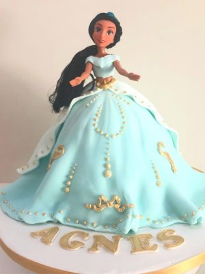 Jasmine Doll Cake