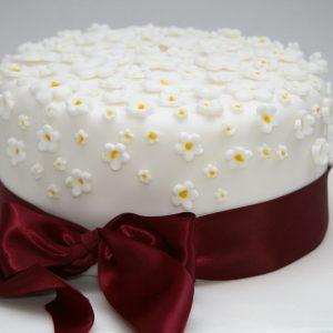 Ditsy Daisy Cake