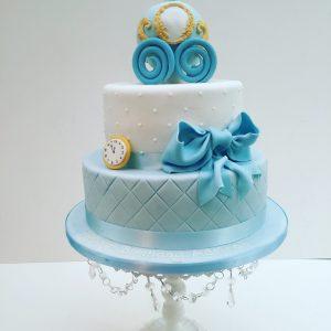 Cinderella's pumpkin carriage birthday cake